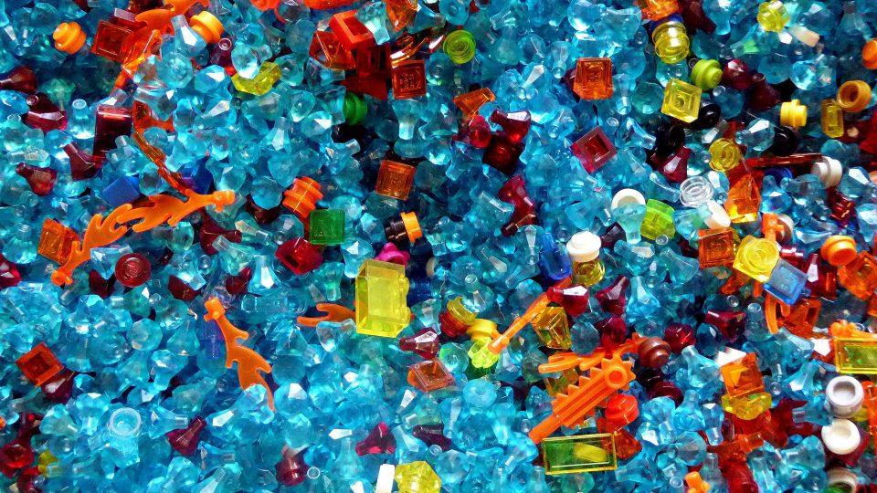 Muovi kiertämään – ei meriin