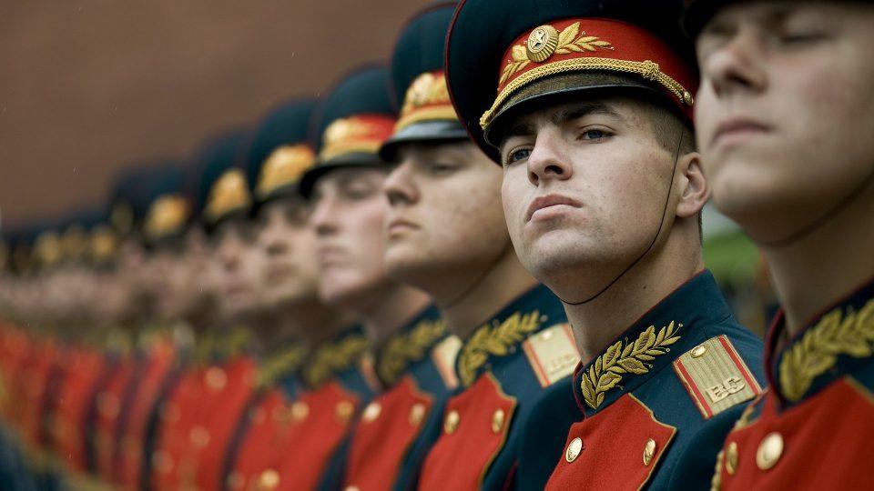 Venäjä haalii itselleen tukea Euroopan äärioikeistosta ja –vasemmistosta