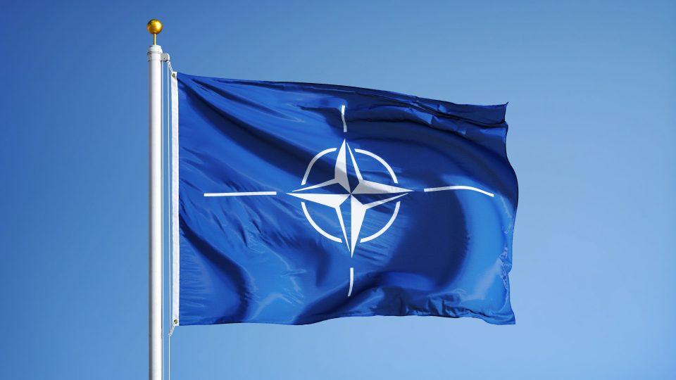 EU-puolustus ei korvaa Natoa