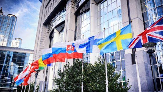 Euroopan otettava globaalia johtajuutta