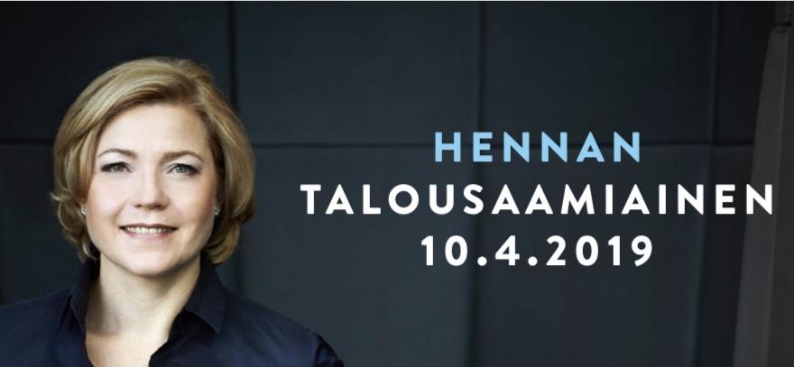 """Henna Virkkunen. Vieressä teskti """"Hennan talousaamiainen 10.4.2019""""."""