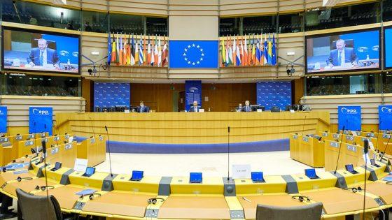 Fideszin lähtö EPP-ryhmästä on pitkän työn tulos